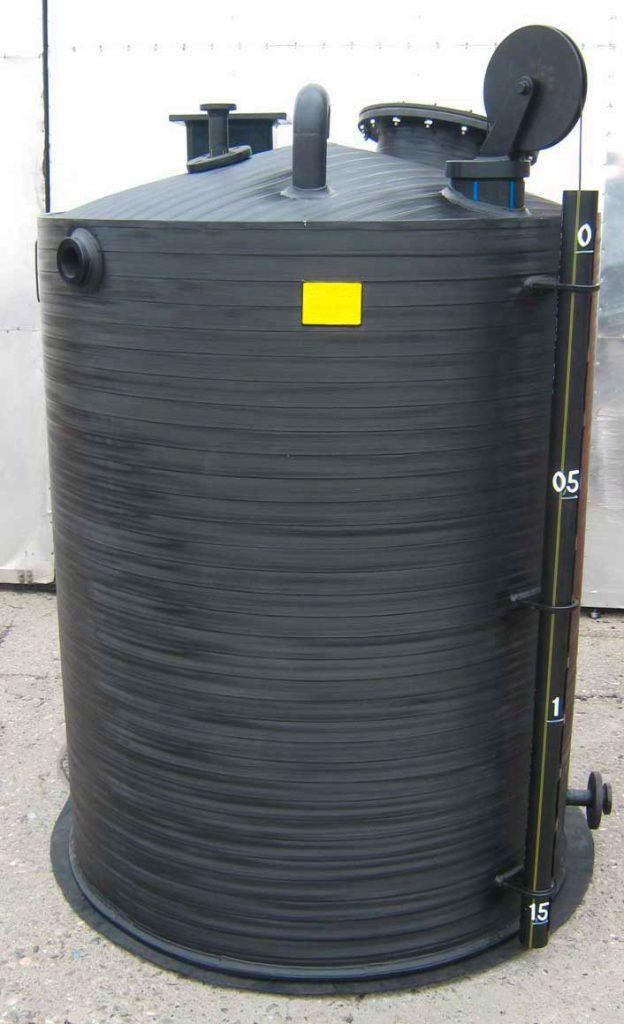 krusik plastika rezervoari vertikalni sa prikljuccima